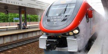 Pociąg Polregio na stacji Gdańsk Wrzeszcz